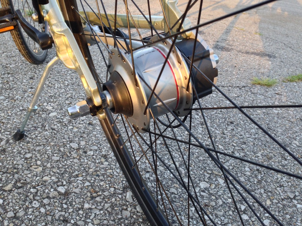 Another view of the rear hub.